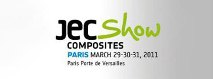 Participé à l'exposition JEC à l'étranger pour la première fois, dirigeant l'équipement de machine de découpe domestique à l'étranger